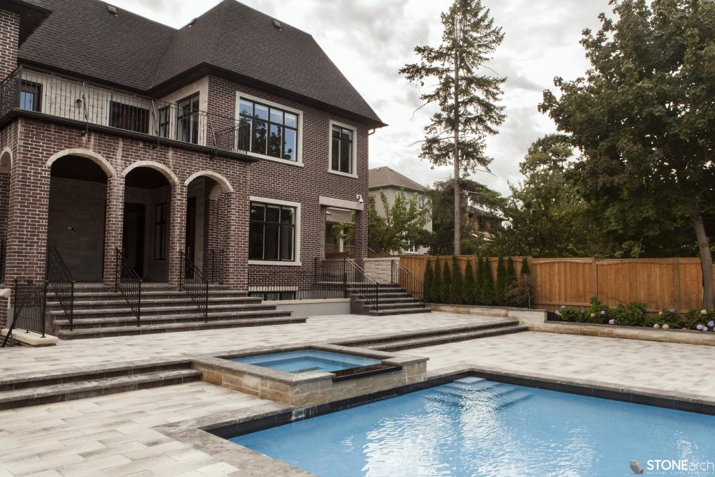 Latest trends in swimming pool design for Pool design trends